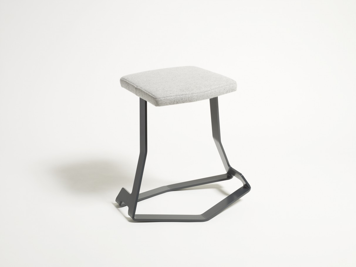 JAMES SMITH DESIGNS_Kink_Balance Stool_4
